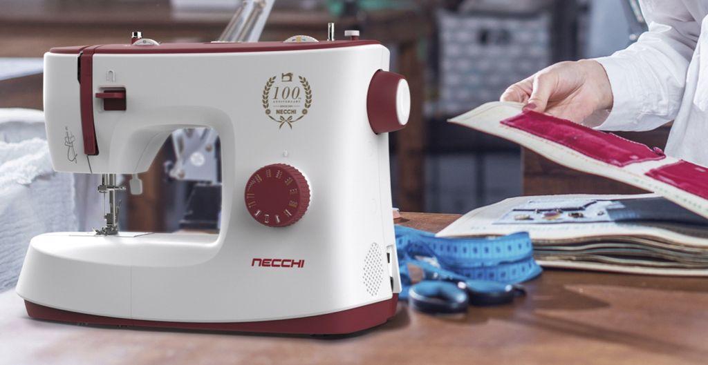 macchina da cucire necchi